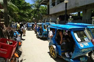 Gov't cracks down on Boracay 'colorum' vehicles