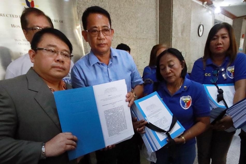 VACC files plunder rap vs Aquino
