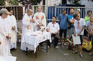 Mga taga-suporta ni Sereno, nagsagawa ng prayer rally