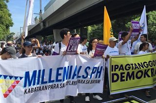 Pro, anti-Sereno protesters gather at Supreme Court grounds