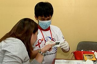 Mga empleyado ng DOH at WHO, sumailalim sa rapid HIV test