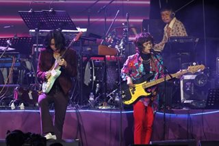WATCH: IV of Spades performs 'Mundo' without Unique