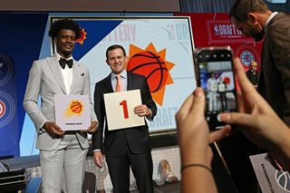 Suns GM: Keeping No. 1 pick is 'overwhelming likelihood'