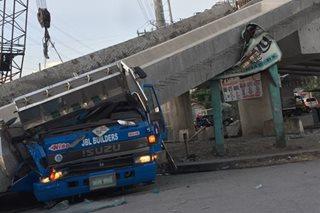 Bahagi ng Aguinaldo Highway, binuksan na kasunod ng pagguho ng ginagawang flyover