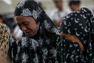 Tears fall as Maranaos remember Marawi siege