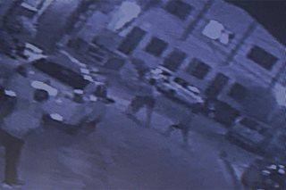 SAPUL SA CCTV: Estudyante, binugbog ng 3 construction worker