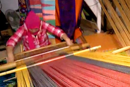 Marawi women turn to weaving for recovery, livelihood