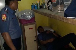 HULI SA AKTO: 4 pulis-Cavite natutulog habang naka-duty