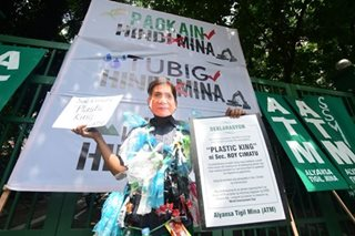Protesting the 'plastic king'