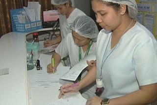 Kiko seeks P30,500 entry-level pay for gov't nurses