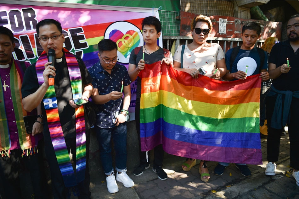 Yes or no? Congress asks Pinoys' same-sex union stand | ABS-CBN News