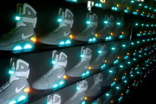 Nike touts digital strategy as profits rise