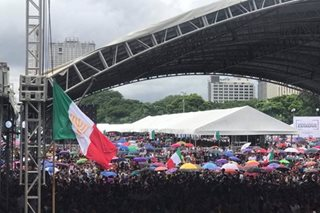 Libo-libo dumagsa sa 'Lingap' ng INC sa Maynila