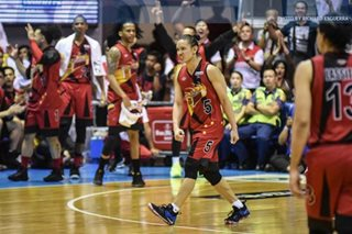 PBA finals: San Miguel roars back, dominates Ginebra in Game 2