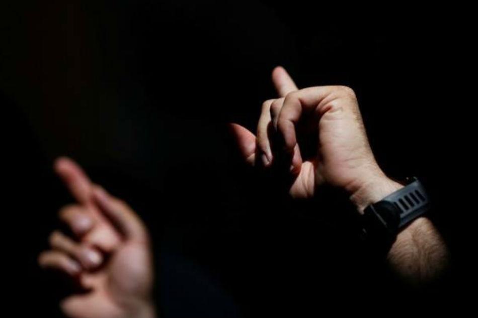 Interpreters seek awareness after online 'mockery' of sign language insets 1