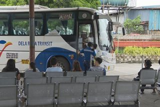 Ilang bus drivers, takot bumaba ang sahod kung 'fixed rate'