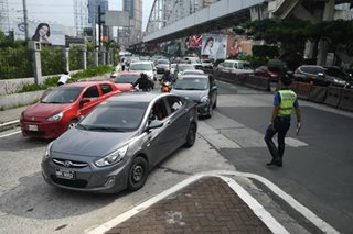 EDSA driver-only ban starts weeklong dry run despite criticism