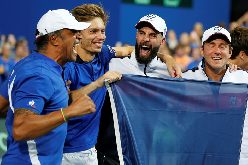 Paire makes stunning Davis Cup debut as France lead Spain