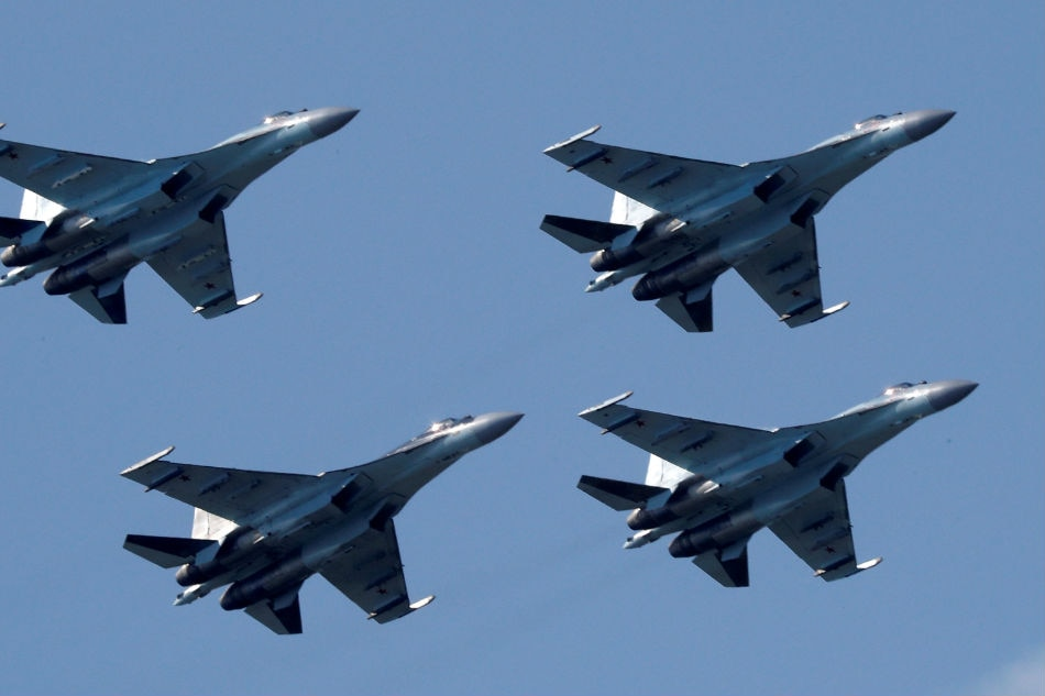 U.S.  sanctions Chinese military for buying Russian weapons