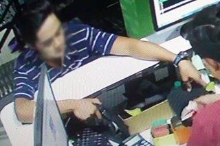 Panghoholdap sa internet café, nakunan sa CCTV