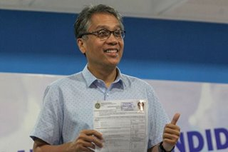 Ex presidential, VP bet Mar Roxas files certificate of candidacy for Senate return