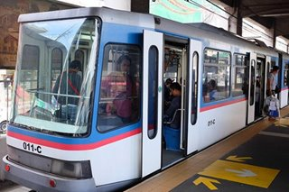 MRT-3 offers free rides for minors on Nov. 6