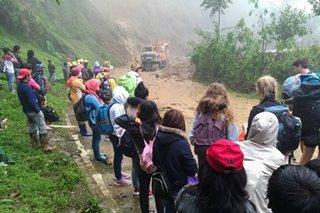 Ilang kalsada sa hilagang Luzon, hindi madaanan dahil sa landslide