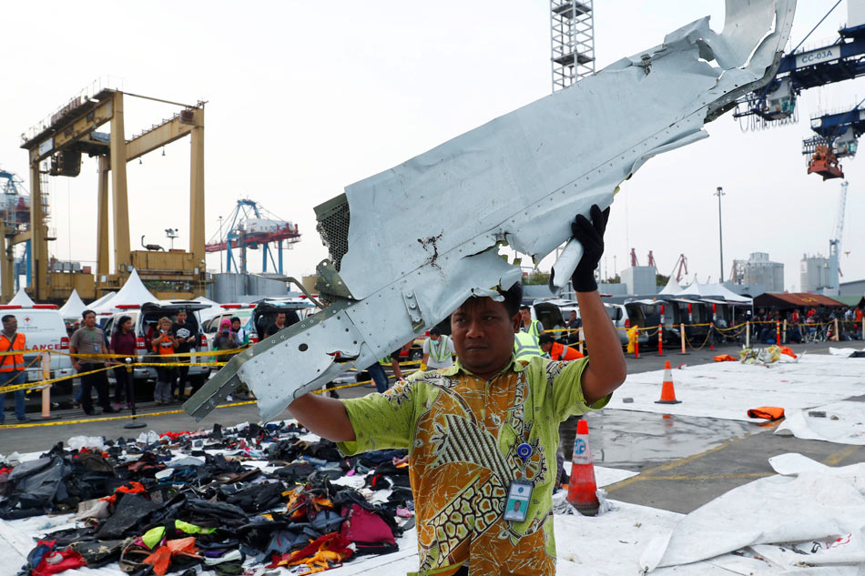 Fuselage, engines from crashed Lion Air jet found