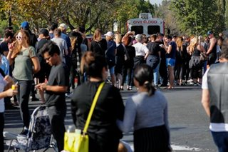 Hundreds line up to donate blood after California bar shooting