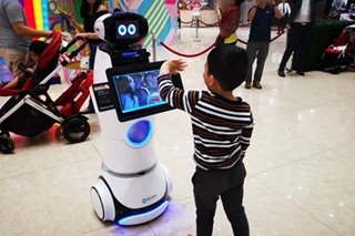 Robot concierge coming to SM as Henry Sy turns to AI