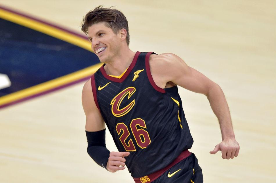 Cavaliers trade Kyle Korver to Utah Jazz