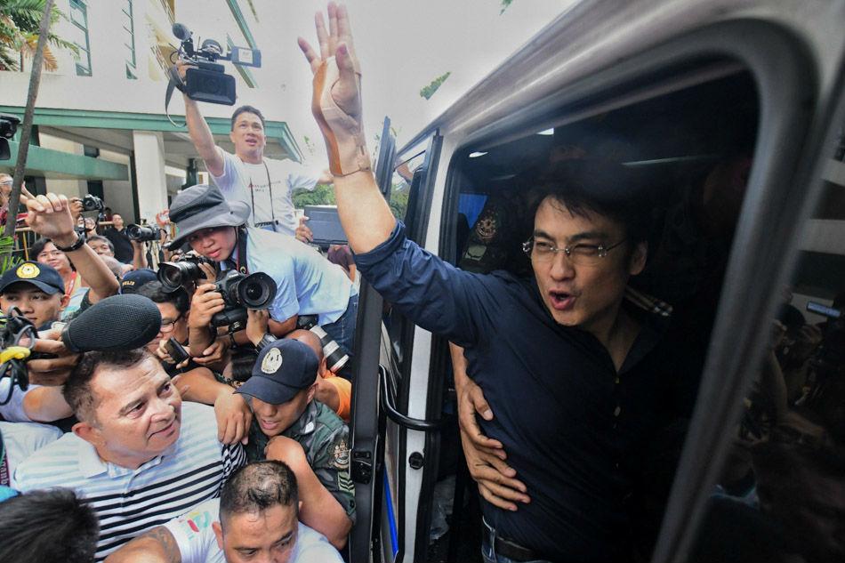 Bong Revilla backs death penalty for plunderers 1