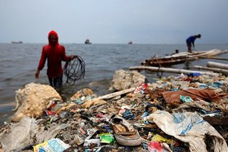Oceans of garbage prompt war on plastics
