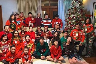 LOOK: Ellen in Adarna family Christmas photo — first since father's passing