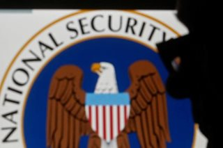 U.S. lawmakers approve warrantless internet spying program