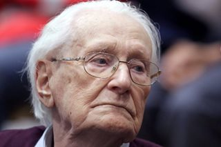 'Bookkeeper of Auschwitz' asks for clemency