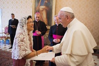 Pope Francis welcomes PH envoy 'Nanay Amba'