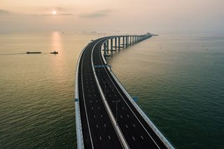 First journeys on Hong Kong-Macau-mainland mega bridge