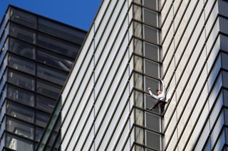 French 'spiderman' climbs London's 230-meter tower without ropes