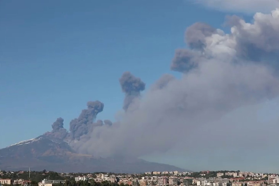 SICILY EARTHQUAKE: 4.8 magnitude quake hits next to Mount Etna volcano