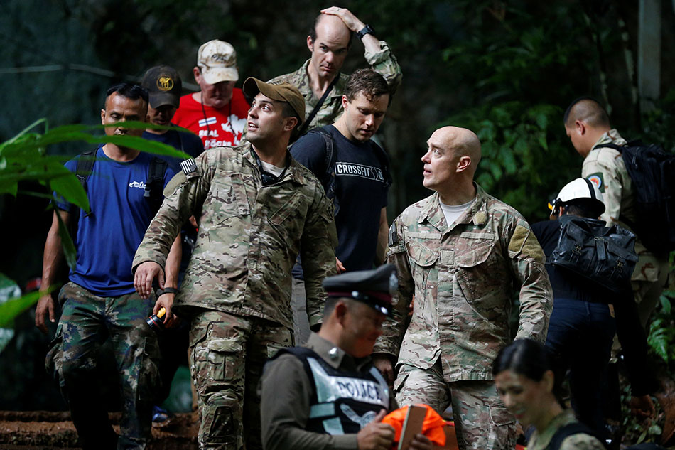 Us military personnel search