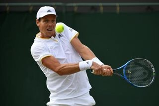 Tennis: Berdych overpowers Del Potro to reach fourth round
