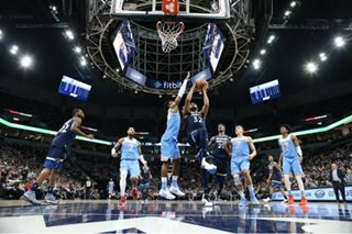 Wolves edge Kings to extend home win streak
