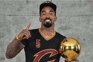 NBA: JR Smith, suspendido dahil sa pagtapon ng sabaw sa assistant coach ng Cavs?