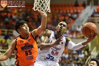 ABL: Alapag says sitting hobbling Brownlee late in Game 2 meant to avoid risk