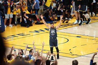 NBA Finals: Warriors blow out Cavaliers to grab 2-0 series lead