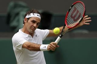Federer opens with win over Gojowczyk, Kvitova ousts Williams