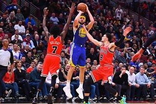 NBA: Thompson drains record 14 treys as Warriors crush Bulls