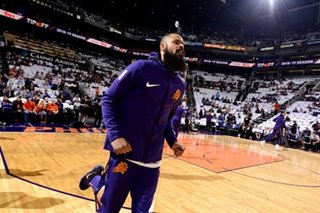 Report: Suns' Chandler seeking buyout, hopes to join Lakers