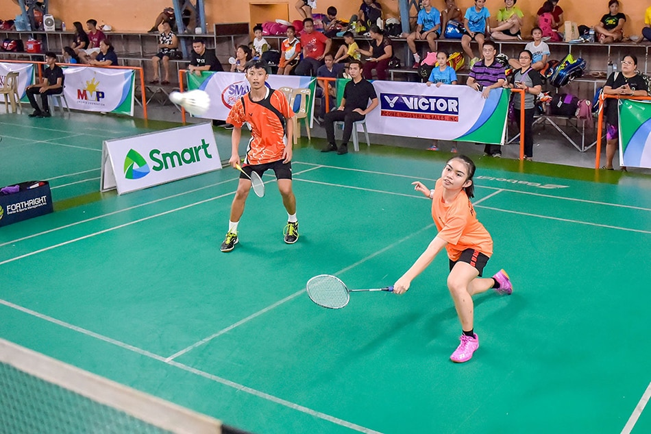 national youth badminton champs crowned abs cbn news